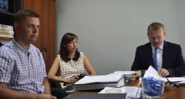 Burmistrz o inwestycjach – konferencja prasowa w ratuszu