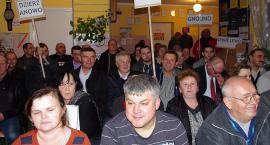Zebranie w sprawie fermy drobiu w Bobach